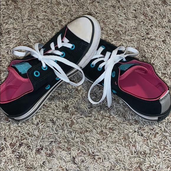 Converse Shoes - Girls Converse